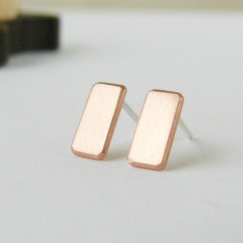 Geometric earrings . Small copper studs